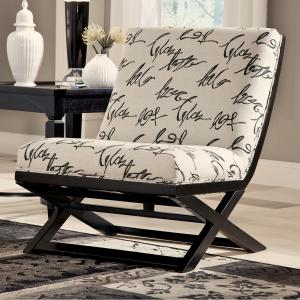 Levon Collection 73403 Ashley Showood Accent Chair