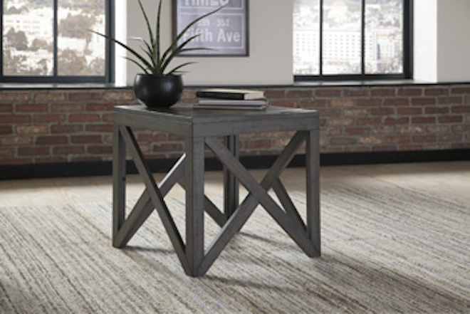 T329 2 Haroflyn By Ashley Square End Tables In Gray