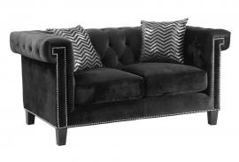 Reventlow Collection 505818 Loveseat