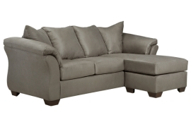 Darcy Collection 75005 Sectional With Chaise