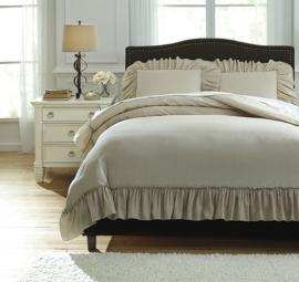 Clarksdale Q732003 by Ashley 3 pc. Bedding Set
